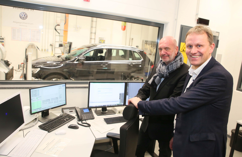 Gieseke und VW-Betriebsratsvorsitzender Osterloh: CO2-Regulierung mit Augenmaß